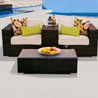 Modern Ocean View Ivory 4 Piece Outdoor Wicker Patio Furniture Set