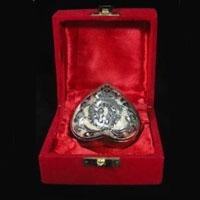 Velvet Heart Brass Urn