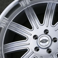 "22 x 9.0 / 22 x 10.5 Inch Silver w/ Machined Face & Lip Automotive Rims 22"" Wheels - Set of 4"