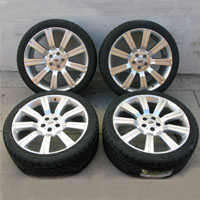 "22"" Range Rover Stormer Wheel and Tire Package"