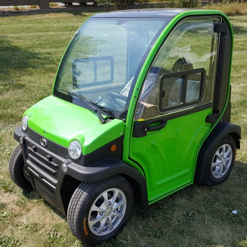 Low Speed Vehicles >> Two Passenger Electric Lsv Street Legal Low Speed Vehicle Golf Cart Demo Model
