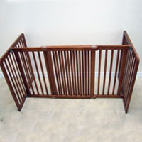 High Quality Small All Wood 30 Inch Freestanding Pet Gates