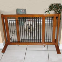 High Quality Small Wood-Wire 21 Inch Freestanding Pet Gates