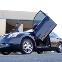 Brand New Nissan Altima 2008-2010 Bolt On Lambo Vertical Doors Kit