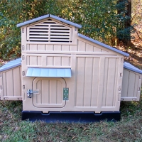 "64"" x 39"" x 42"" Big Chicken Coop House"